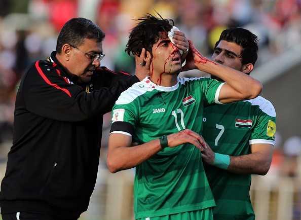 Alaa Abdulzehra vỡ đầu sau pha va chạm với Quế Ngọc Hải