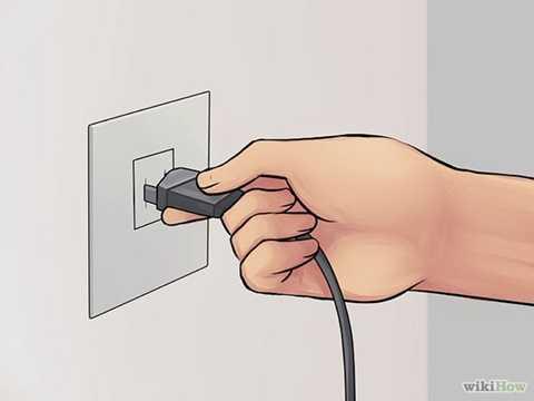 Các chuyên gia cũng cảnh báo, chúng ta nên rút phích cắm cho tất cả các thiết bị điện khi không dùng đến vừa bảo vệ được thiết bị được bền lâu vừa giảm thiểu điện năng tiêu thụ đồng thời tránh được các hỏa hoạn đáng tiếc không xảy ra như chập điện, cháy nổ...