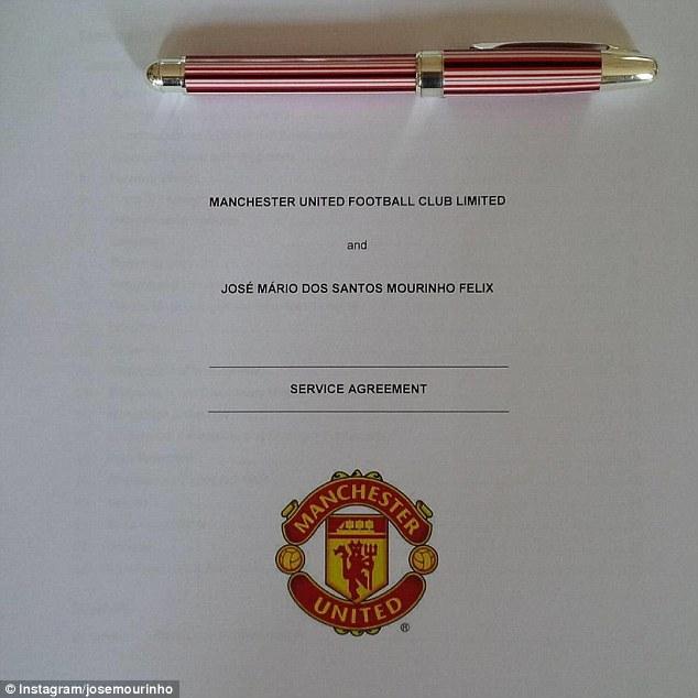 Bản hợp đồng của Man Utd và Mourinho
