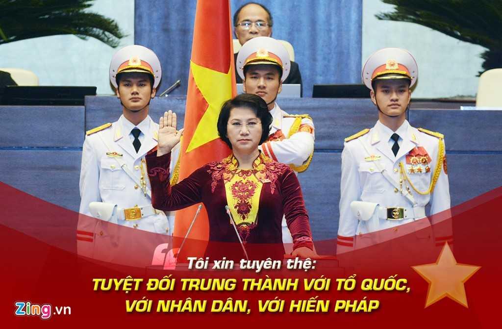 Sáng 31/3, bà Nguyễn Thị Kim Ngân, nữ Chủ   tịch Quốc hội đầu tiên của Việt Nam, đã nhậm chức, với lời tuyên thệ: