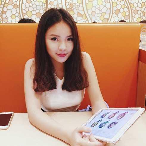 Thu Trang có nhiều nét giống chị gái