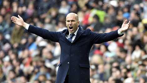 Zidane rực rỡ trong áp lực kinh người
