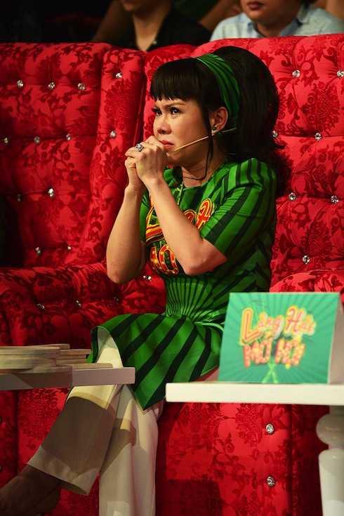 Con gái Kim Tử Long đánh trúng 'tim đen' khiến Việt Hương khóc nức nở