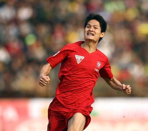 Xuân Hùng đang dẫn đầu danh sách chân sút nội ghi nhiều bàn thắng nhất tại V-Legaue 2016