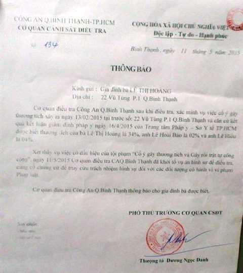 Quyết định khởi tố hình sự của Công an quận Bình Thạnh 11/05/2015.  Ảnh: Phan Cường