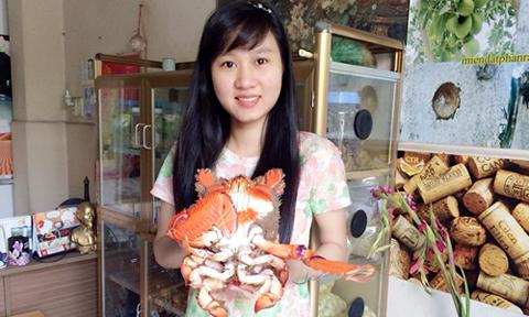 Cua huỳnh đế loại 1kg luôn được khách Hà Nội săn đón. Ảnh: ĐSPR.