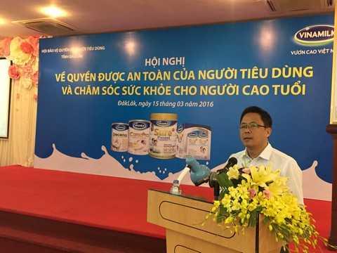 Ông Nguyễn Ngọc Thành- Giám đốc kinh doanh miền trung 2 Vinamilk - phát biểu tại hội thảo ở Đắc Lắc