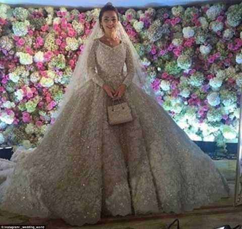 Cô dâu trong váy cưới đẹp và ấn tượng