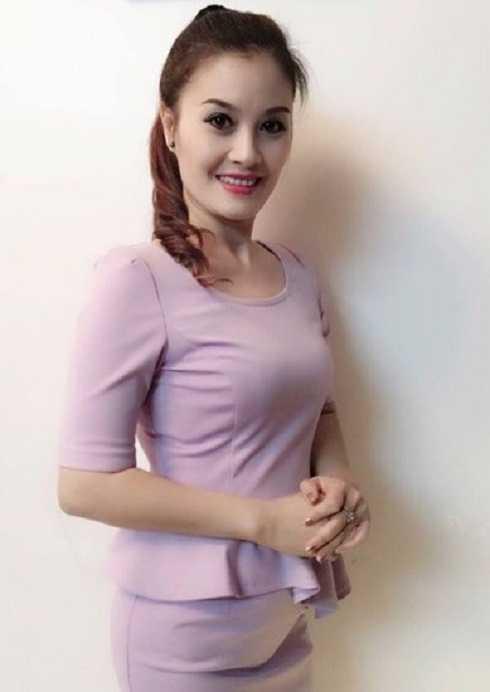 Sau cuộc hôn nhân đầu không trọn vẹn, Hoa Thúy lên xe hoa lần hai với một doanh nhân người Quảng Ninh. Khi bộ phim