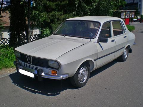 Từ năm 1969 tới năm 2004, nhà sản   xuất Rumani Dacia đã sản xuất chiếc xe gia đình Dacia 1300 dưới mọi kiểu   thân xe, từ sedan 4 cửa, wagon 5 cửa tới pickup 4 cửa và coupe. Dựa   trên chiếc Renault 12 của Pháp, nhưng Dacia 1300 sử dụng các vật liệu rẻ   tiền và dây chuyền lạc hậu để giảm giá thành. Sau này khi Renault mua   lại Dacia, hãng xe pháp đã khước từ đề nghị