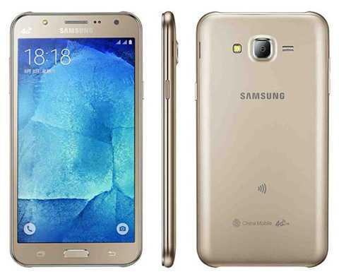 Samsung Galaxy J7. Lý do lọt TOP: Nếu là   một tín đồ chụp ảnh selfie, Galaxy J7 chính là mẫu điện thoại hợp lý.   Với camera trước góc rộng 5MP được trang bị thêm đèn LED Flash trợ sáng,   cùng chế độ Selfie cảm ứng tay và hiệu ứng hình ảnh độc đáo, người dùng   sẽ có được những bức ảnh selfie thật ấn tượng. Ưu điểm khác: Màn hình   Super AMOLED 5.5 inch. CPU 8 nhân 64-bit Exynos 7580 1.5 GHz. Pin dung   lượng 3.000 mAh.