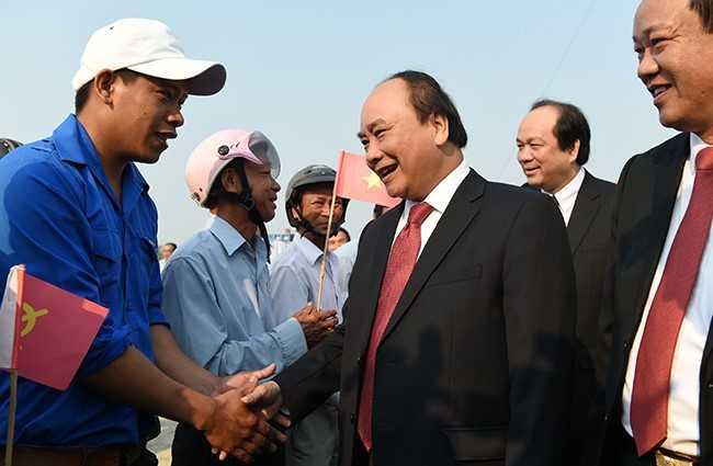 Thủ tướng Nguyễn Xuân Phúc đã tới dự lễ khởi công dự án xây dựng khu nghỉ dưỡng Nam Hội An và Khu Công nghiệp cơ khí ô tô Chu Lai - Trường Hải. Ảnh: VPG.