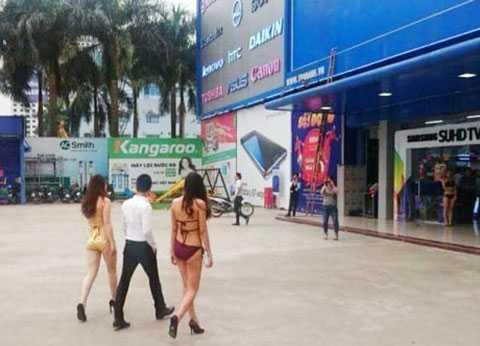 Để dàn mẫu mặc bikini đón khách, Trần Anh sẽ phải trả giá