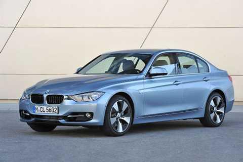8. BMW ActiveHybrid 3 (thời gian tăng tốc từ 0-100 km/h: 5,5 giây).
