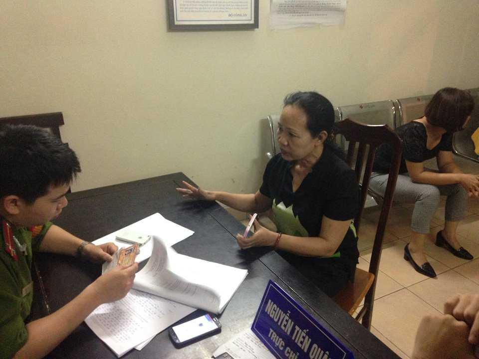 Bà Trần Thục Anh Tổng giám đốc Công ty Cổ phần đầu tư và truyền thông VietNet nhận là công ty tự in thẻ.