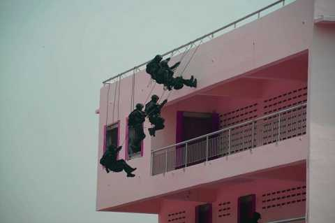 Lực lượng đặc nhiệm ADMM+ tấn công tòa nhà có khủng bố