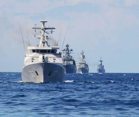 Đội hình tàu tiến hàng dọc