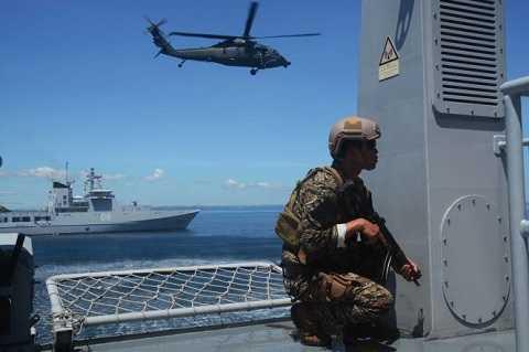 Chiếm lĩnh mục tiêu trên tàu