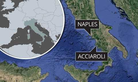 Ngôi làng Acciaroli nằm phía đông nam của nước Ý.