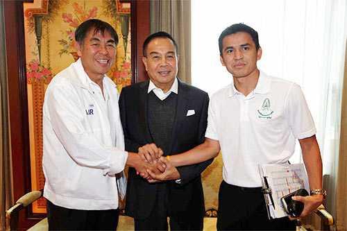 Bộ ba quyền lực của bóng đá Thái Lan