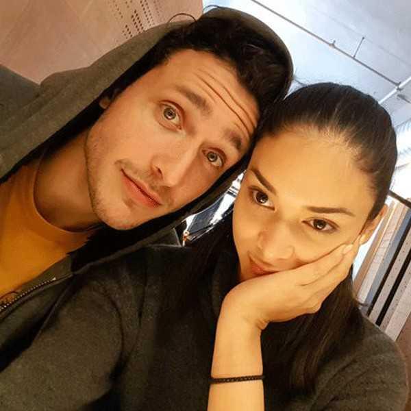 Cặp đôi thường xuyên chia sẻ ảnh chụp chung lên trang cá nhân. Ảnh: Instagram
