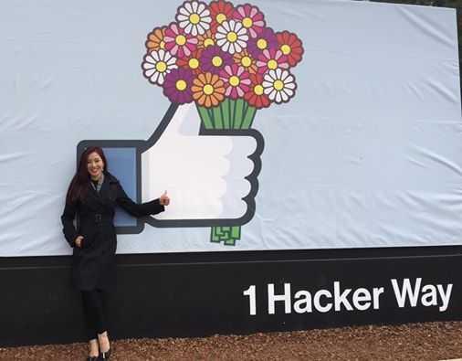 Thu Hương đến thành phố San Francisco và ghé thăm tổng hành dinh   của Facebook.