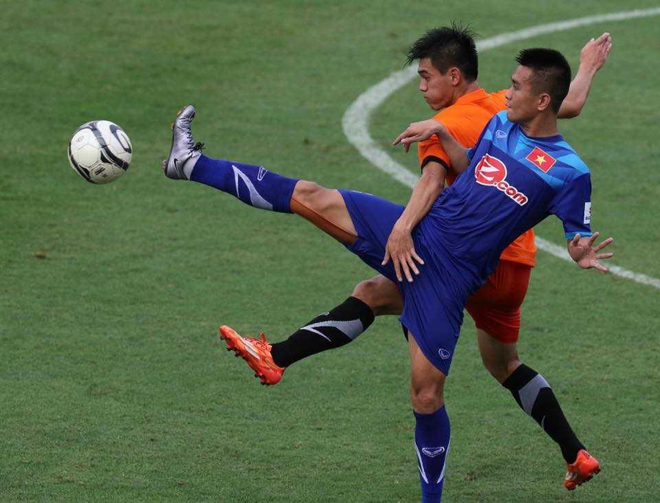 Tuyển Việt Nam hòa 0-0 U21 Việt Nam (Ảnh: Quang Minh)