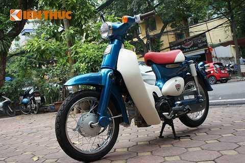 Honda Cub 50 bản đặc biệt màu xanh   sản xuất có giới hạn với giá bán khi về Việt Nam tại các đại lý tư nhân   khoảng 80 triệu đồng, riêng bản thường của mẫu xe này có giá thấp hơn   một chút khoảng hơn 70 triệu đồng.