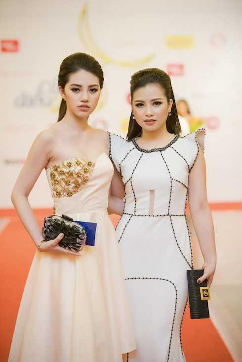 Jolie Nguyễn và Dương Hoàng Yến.
