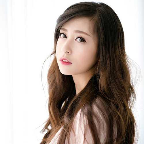 Không chỉ dễ thương, xinh đẹp, Trang còn rất tài năng. Cô bạn từng lọt top 20 nữ sinh Việt Nam.