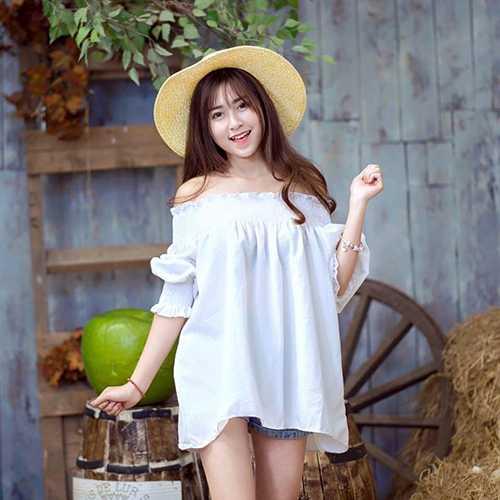 Sở hữu gương mặt dễ thương, ngoại hình chuẩn, nữ sinh Đại học Công đoàn Hà Trang luôn trở thành sự quan tâm của mọi người.