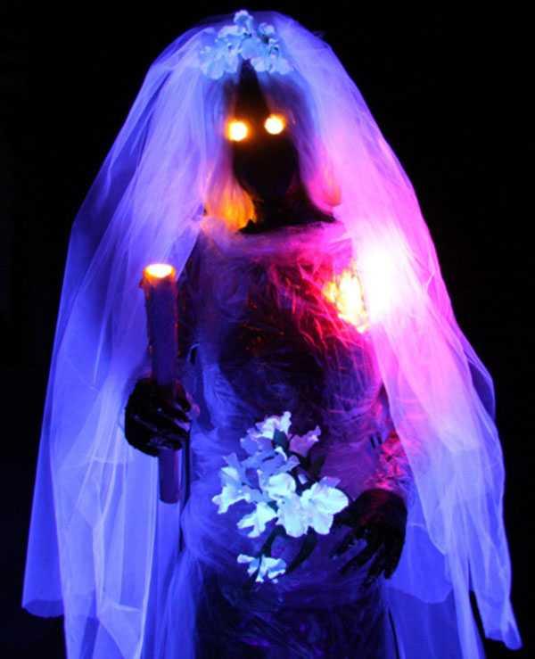 Hình ảnh ma mị của cô dâu trong hủ tục đáng sợ