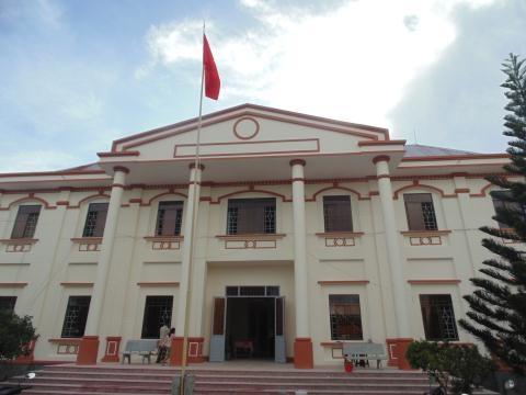 Tòa án nhân dân huyện Giồng Tôm nơi xử vụ ly hôn hy hữu