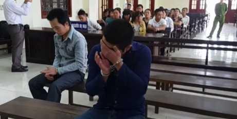 Bị cáo Giang khóc tại phiên tòa