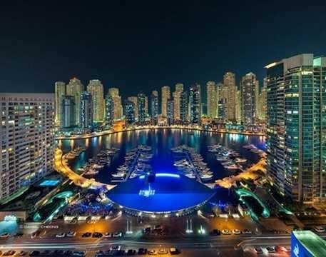 Trong tương lai, Dubai Marina sẽ là một khu dân cư sang trọng với tổng số dân dự kiến vào khoảng 120.000 người.
