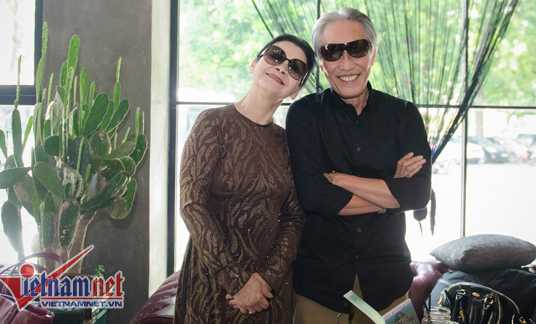 Khánh Ly và chồng.