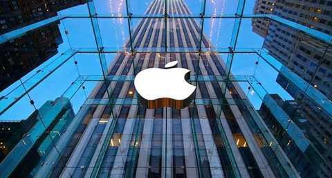 Cổ phần ở Apple: Bà Laurene   Powell Jobs cũng được thừa kế số cổ phiếu của Steve Jobs ở Apple -   thương hiệu mà ông sáng lập 40 năm trước. Hiện số cổ phiếu này có giá   trị khoảng 560 triệu USD.