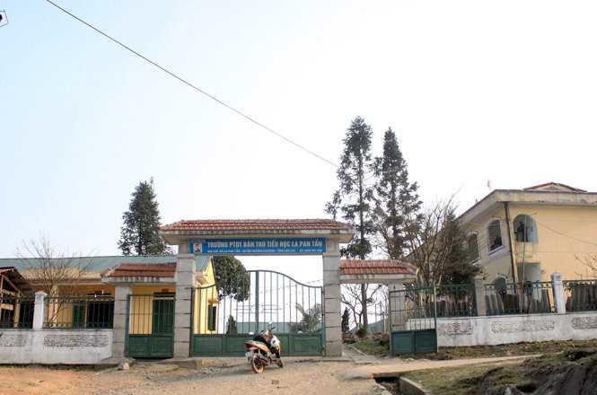 Trường tiểu học bán trú La Pan Tẩn - Ảnh: Hoàng Giang