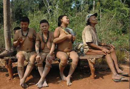 Bộ lạcAkuntsu chỉ còn 5 thành viên