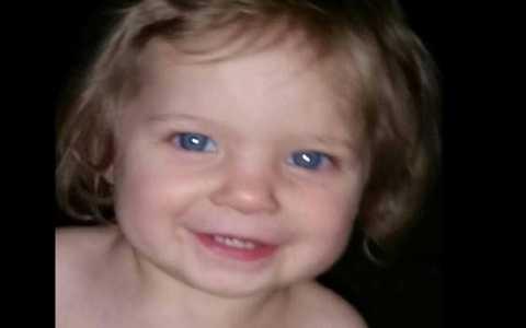 Thi thể bé Shaylyn được tìm thấy vào 6 giờ chiều 24/3 gần một cái cây nằm trong một khu vực hẻo lánh phía Đông Bắc Gosport, Ấn Độ