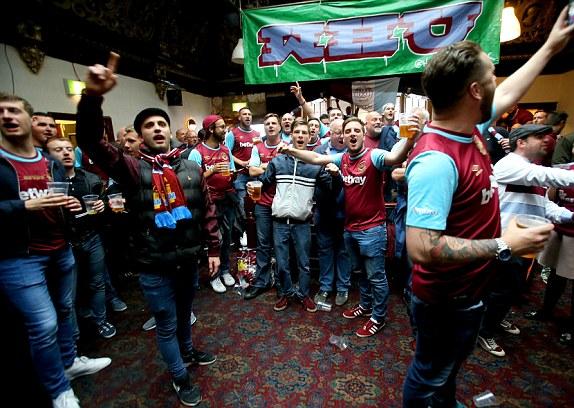 CĐV West Ham muốn đội nhà thắng trận cuối tại Upton Park mùa này