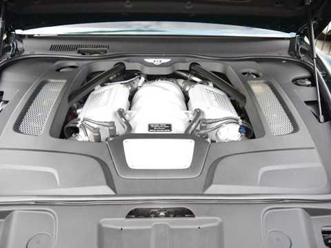 Bên dưới nắp ca-pô của chiếc Mulsanne   cho Nữ hoàng Anh vẫn là khối động cơ 6,75 lít V8 với công suất tối đa   505 mã lực cùng mô-men xoắn cực đại lên tới 1020 Nm. Sức mạnh của động   cơ được truyền qua hộp số tự động 8 cấp.