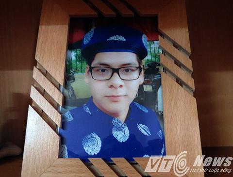 Nam sinh viên năm nhất Đào Yến Thanh chết thảm trong hầm thang máy