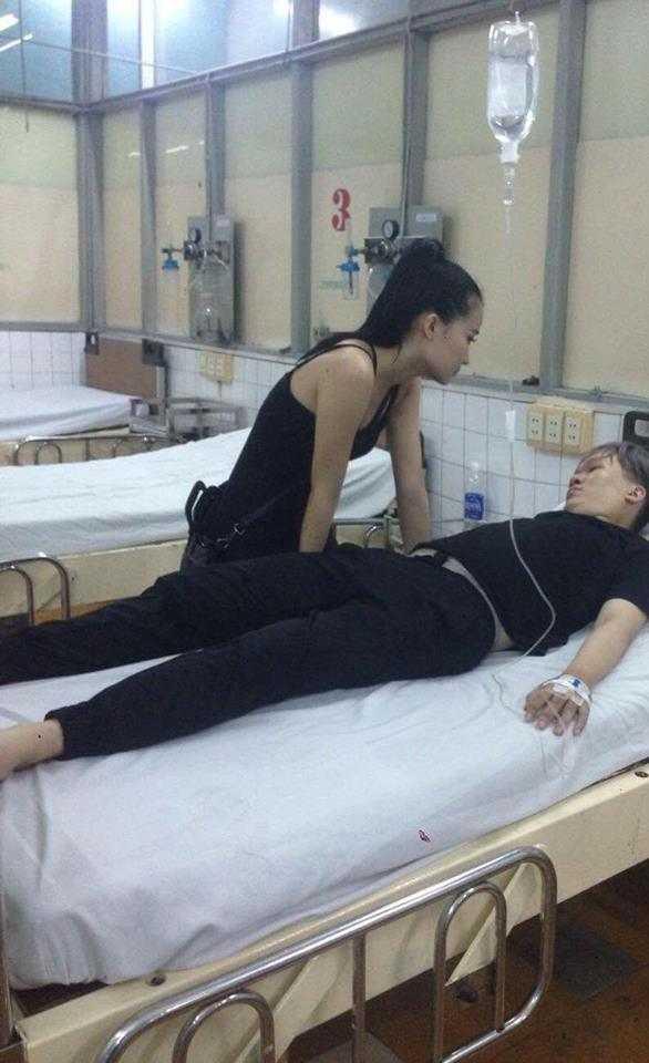 Hình ảnh Mai Thái Anh cấp cứu tại bệnh viện sau khi tự tử bằng thuốc ngủ.