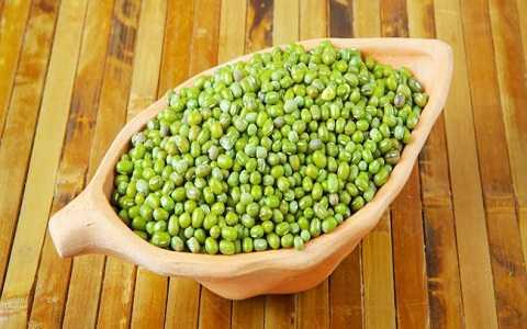 Ăn nhiều đậu xanh sẽ làm giảm cảm giác thèm ăn của bạn, giảm đáng kể lượng mỡ thừa trong cơ thể