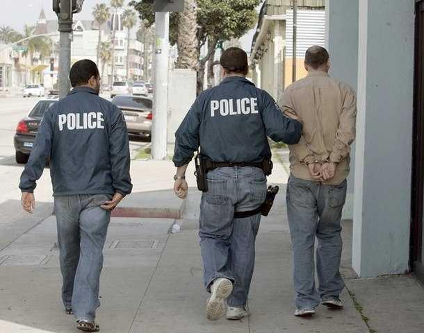 Tuy nhiên, đôi lúc nghiệp vụ cảnh sát ngầm có thể trở thành