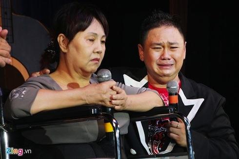 Minh Béo từng khóc rất nhiều khi đêm diễn gây quỹ ủng hộ nghệ sỹ Hoàng Lan vắng khách.