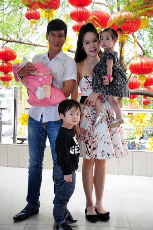 Các bé nhà Lý Hải - Minh Hà tự lập, bình dân nhờ cách sống của ba.