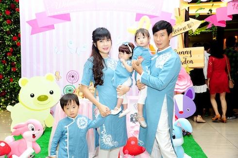 Gia đình hạnh phúc của Lý Hải - Minh Hà.