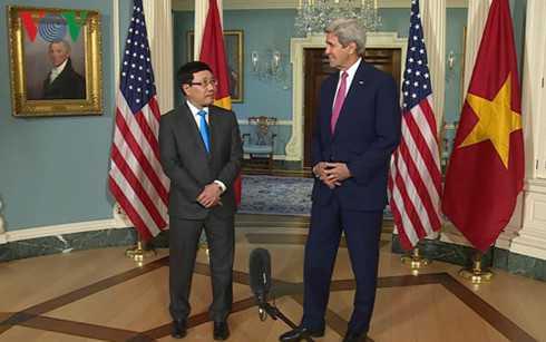 Ngoại trưởng Mỹ John Kerry nêu rõ chính quyền Tổng thống Obama đặc biệt đánh giá cao những nỗ lực của Việt Nam cùng các nước kết thúc đàm phán Hiệp định TPP - Ảnh: VOV